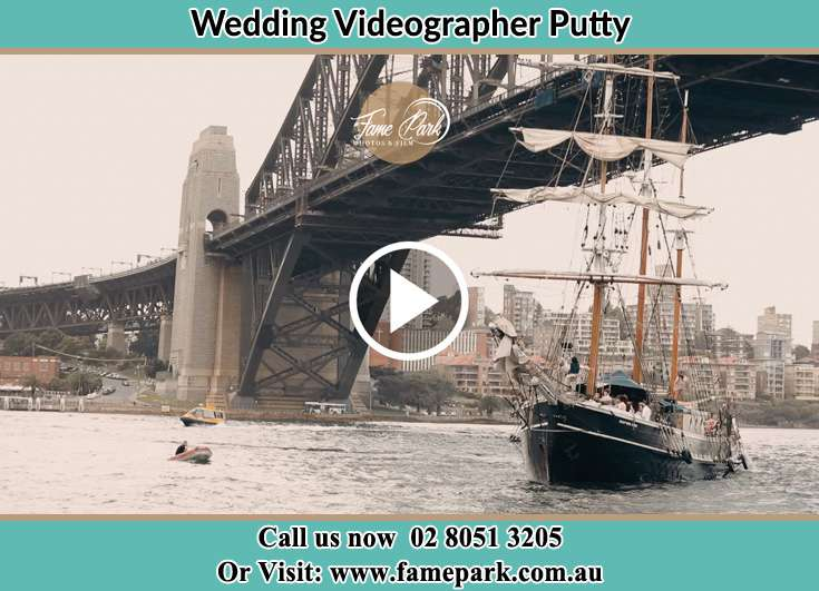 Bride and Groom boat ride Putty NSW 2330