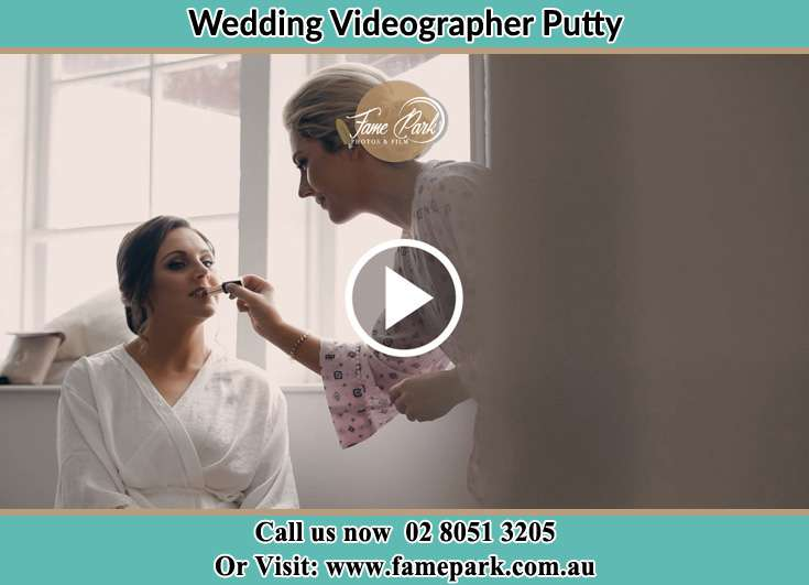 Bride getting her make up done Putty NSW 2330