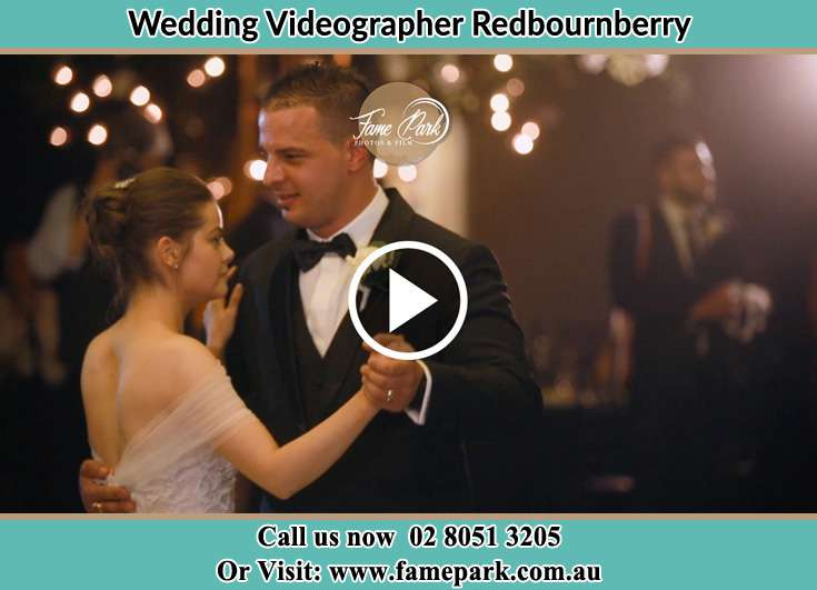 Bride and Groom at the dance floor Redbournberry NSW 2330
